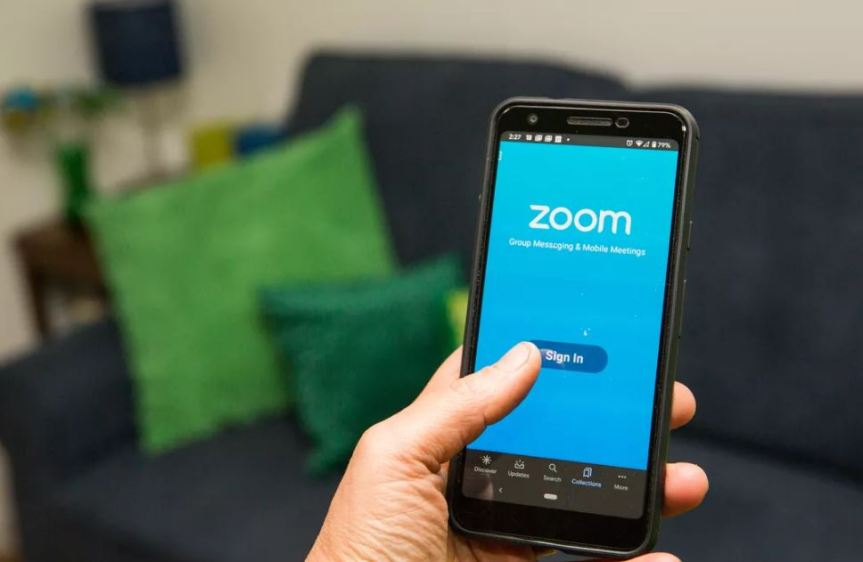 ZOOM is a Serious Risk to YourPrivacy
